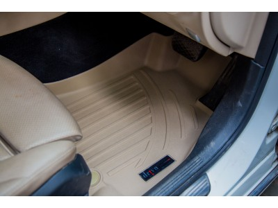 Mercedes-Benz C-Class 5D Premium Rubber Car Mat